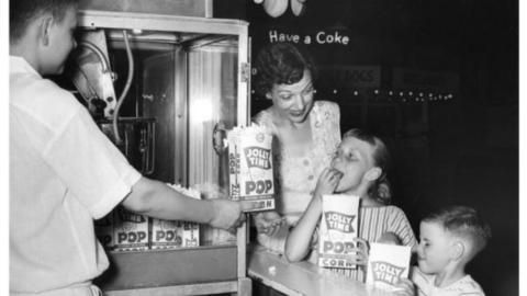Памятные даты в истории попкорна